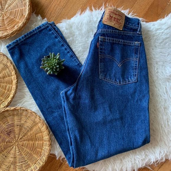 Vintage 2000s Levi's 560 High Waisted Mom Jeans
